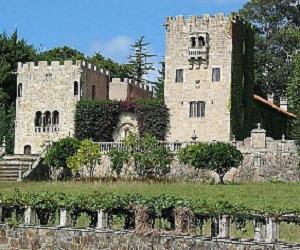 Цены на недвижимость в Испании и замок Франко